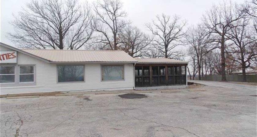 Acres Benton County Missouri