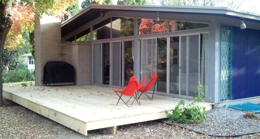Alcoa Homes Deck Gravel Yard Mid Century Modern Pinte