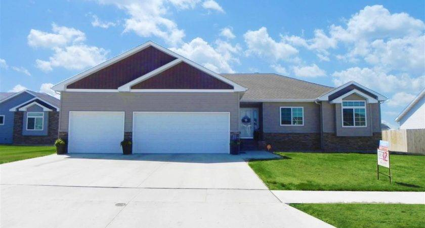 Avenue Minot Ward County Home Sale