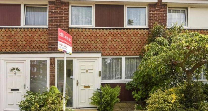 Bedroom House Sale Lee Ref