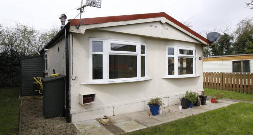 Bedroom Mobile Home Rent Grove Hall Park Homes