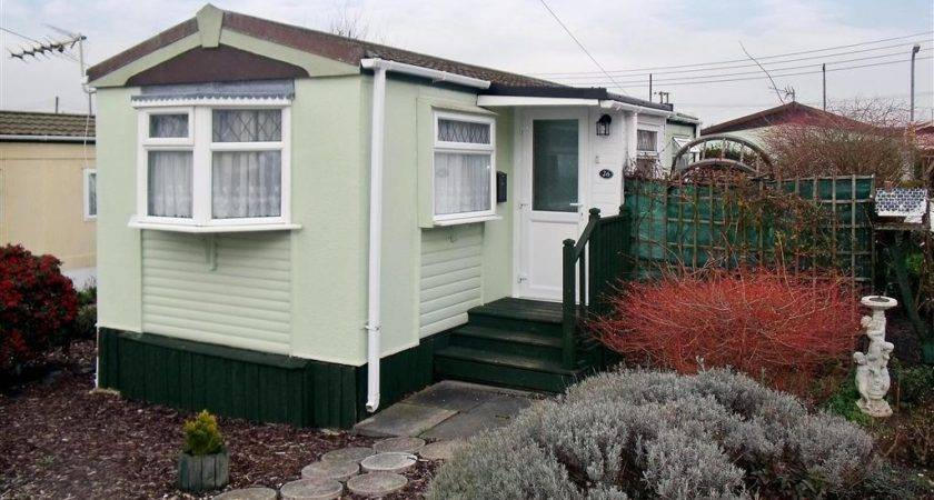 Bedroom Mobile Home Sale Dunton Park Brentwood Essex