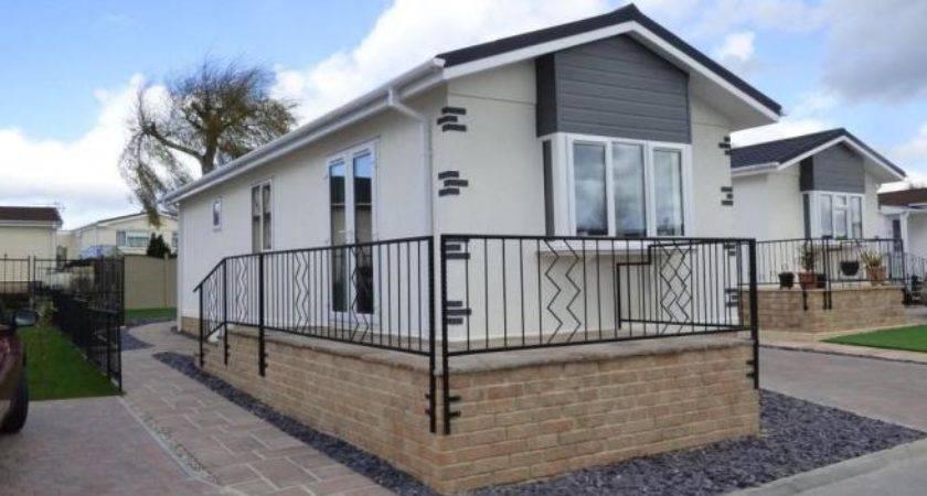 Bedroom Mobile Home Sale Lillybrook Estate Lyneham