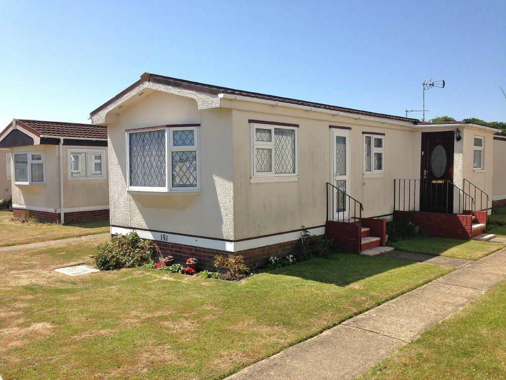 Bedroom Mobile Home Sale Meadowview Park Little Clacton