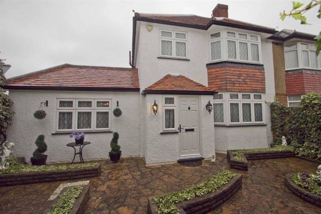 Bedroom Semi Detached House Sale Uxbridge Road Hillingdon