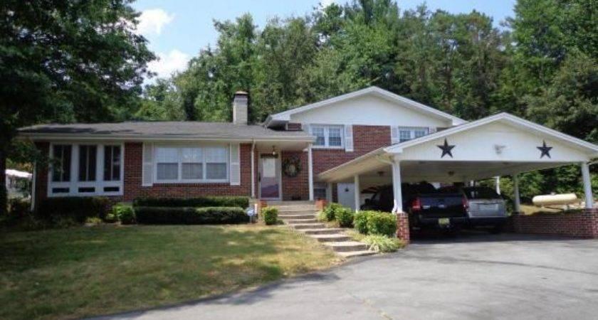 Bernie Lewis Elizabethton Home