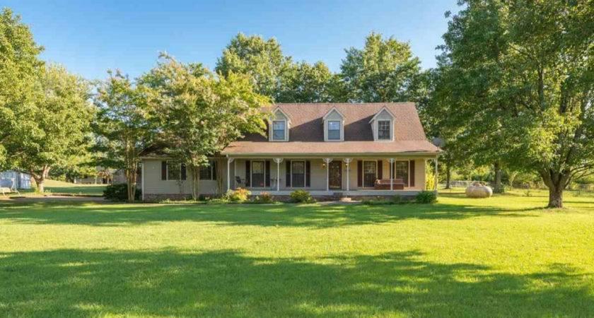 Budget Friendly Farm Houses Sale