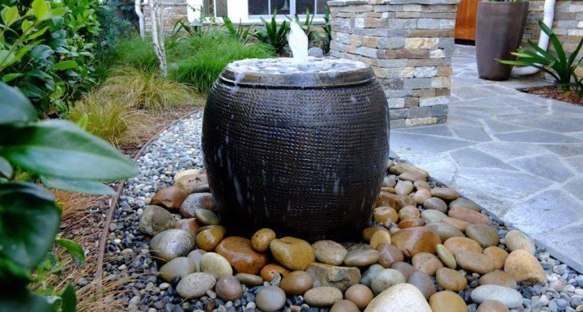 Build Backyard Water Feature Fountain Design Ideas