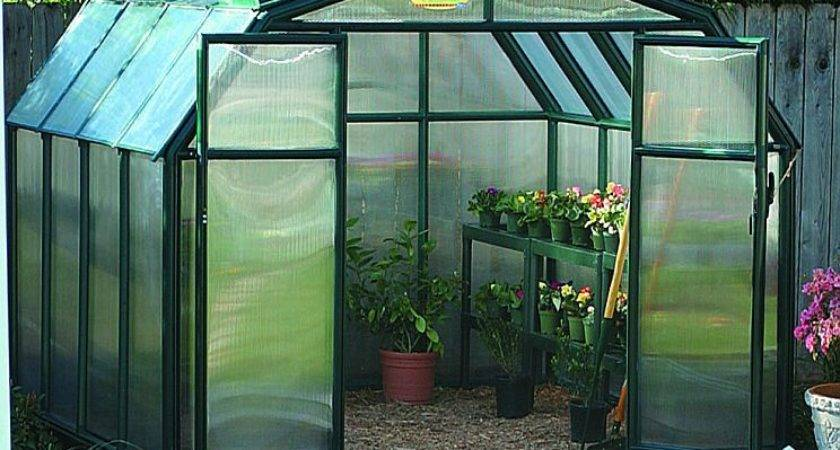 Building Greenhouse Yourself Using Right Plans