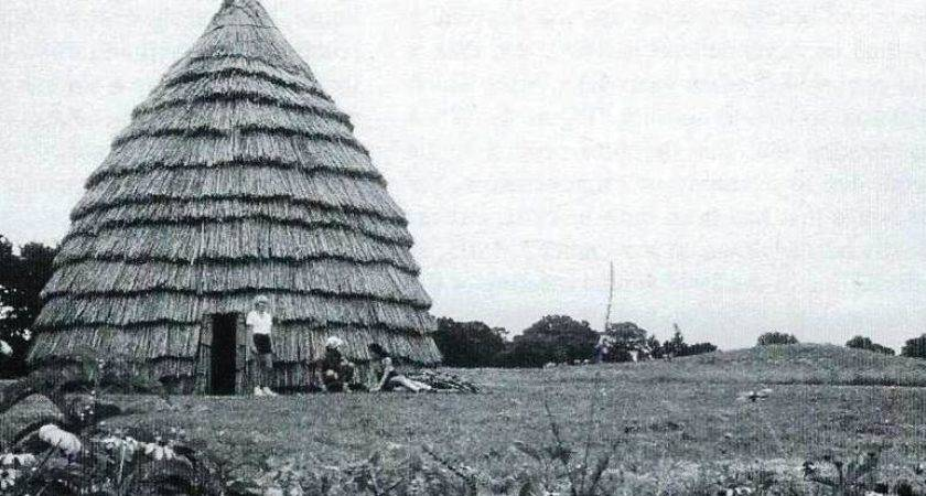 Caddo Indians Houses Grass House Rise Again April