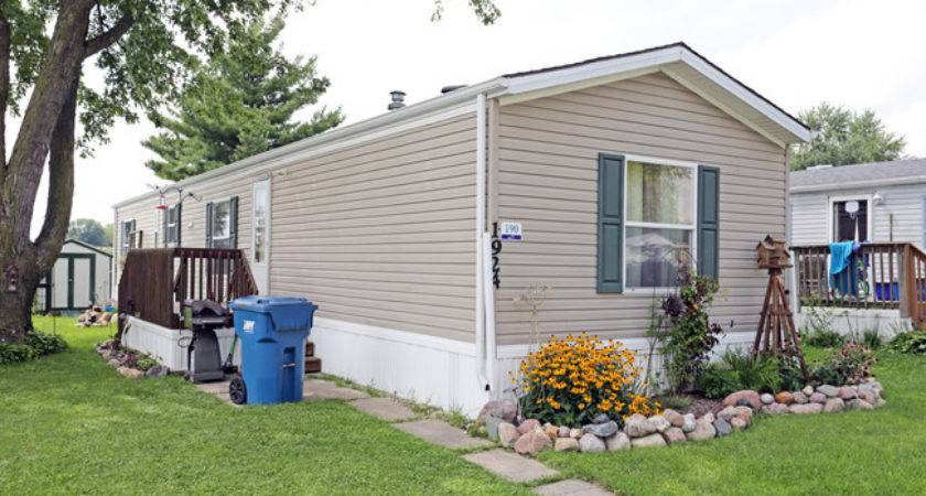 Cedar Terrace Manufactured Home Community Rapids