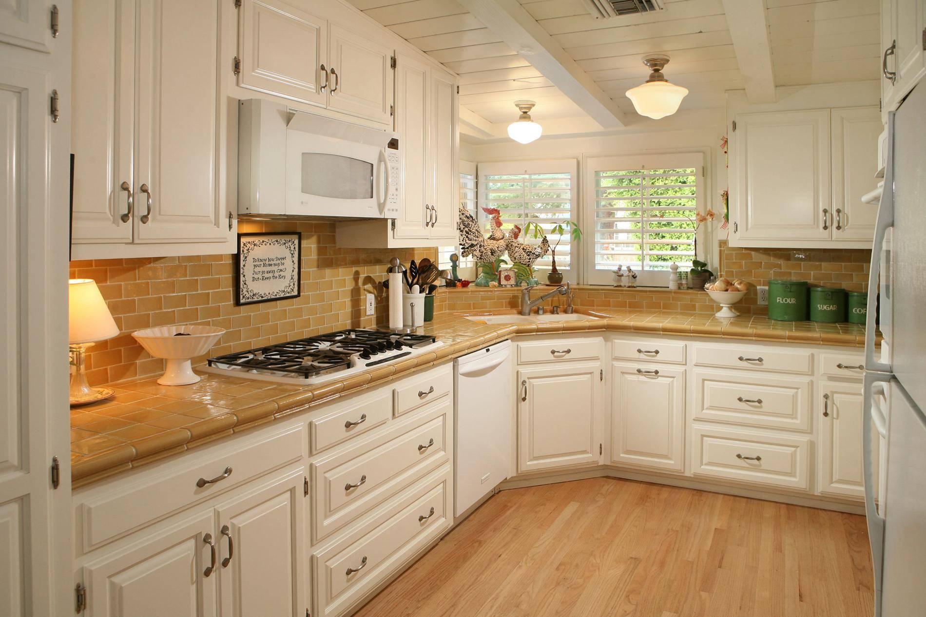 Ceramic Tile Kitchen Backsplash Ideas House Remodeling