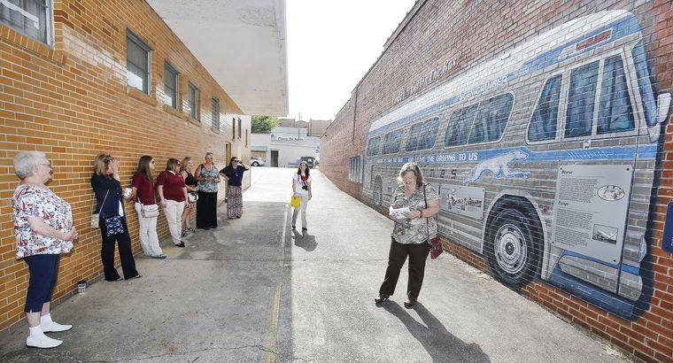 Chamber Commerce Tour Grants Knowledge Locals Anniston