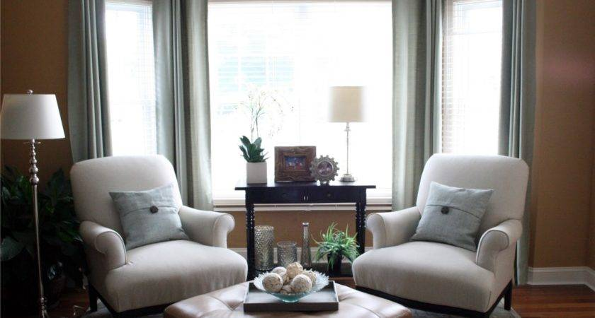 Chic Shoestring Decorating Grand Piano Living Room