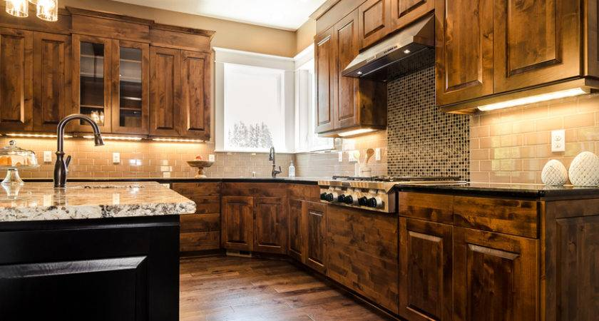 Choosing Right Surface Your Custom Home Kitchen Bath