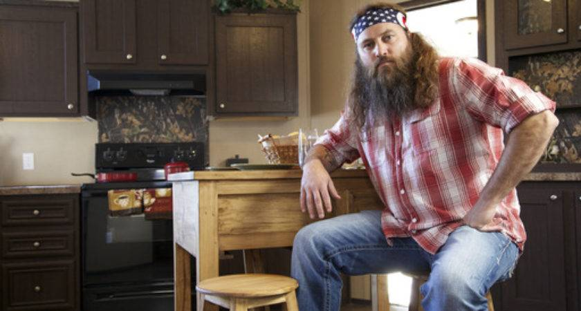 Clayton Homes Announces Willie Robertson Their Voice