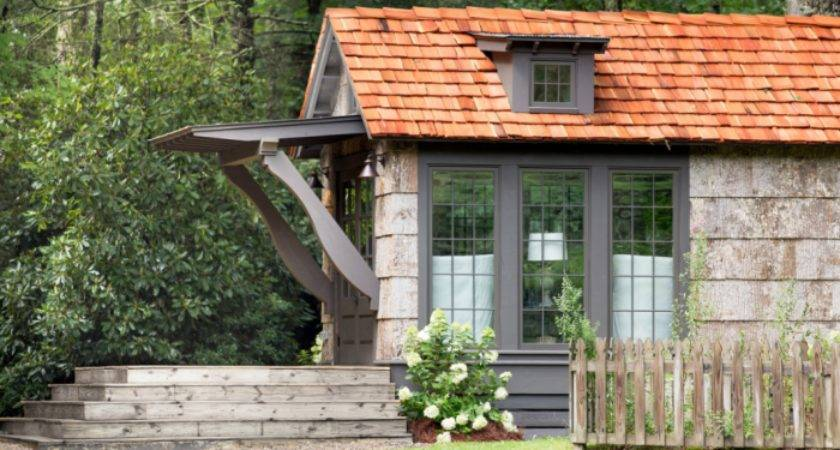 Clayton Introduces Tiny Homes Berkshire Hathaway Meeting