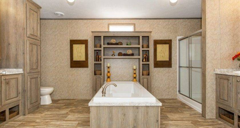 Cmh Xtreme Admiral Mobile Home Master Bathroom