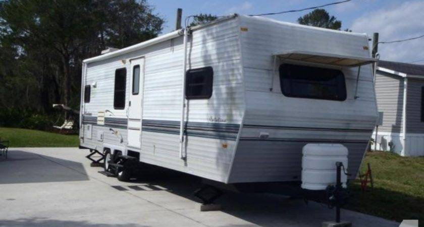 Coachmen Catalina Travel Trailer Camper Nice