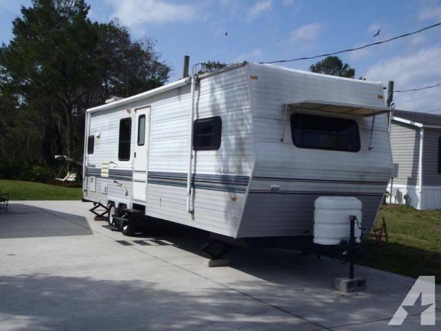 Coachmen Catalina Travel Trailer Camper Nice