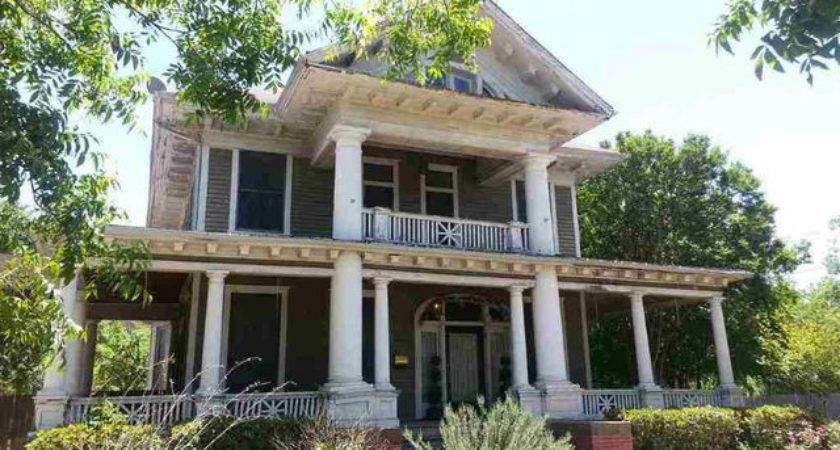 Colcord Ave Waco Beds Baths Home
