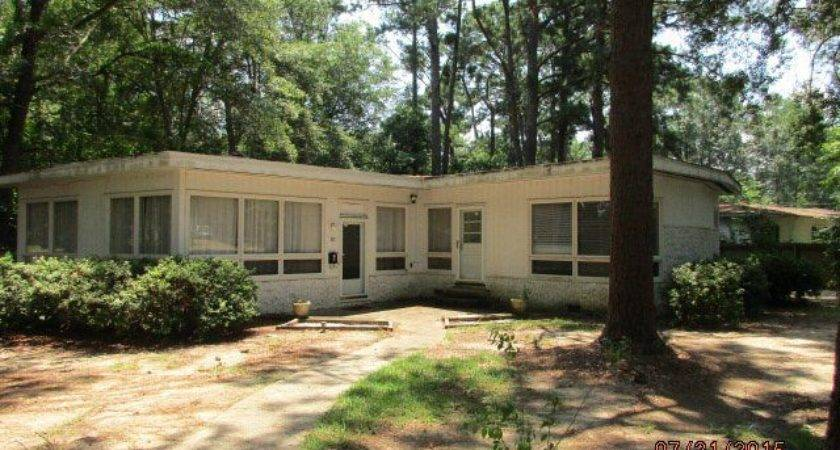 Colonial Dothan Home Sale Real