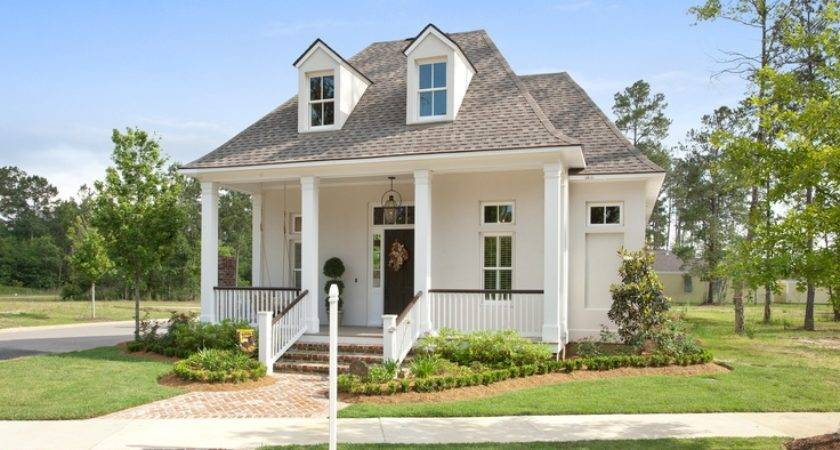 Cottage Sits Terra Bella Village Covington Louisiana