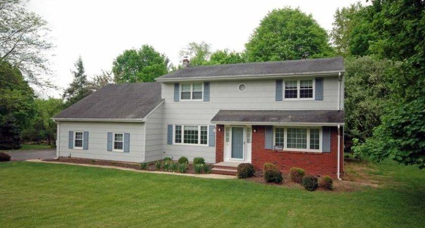 Country Squire Way Branchburg Twp Mls