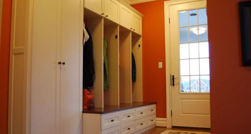 Custom Mud Room Lockers Home Office Creative Storage