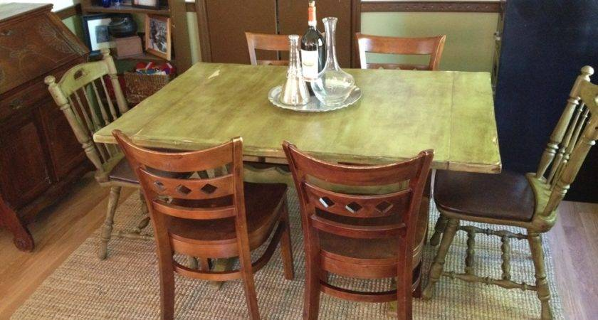 Decor Distressed Solid Wood Country Kitchen Table