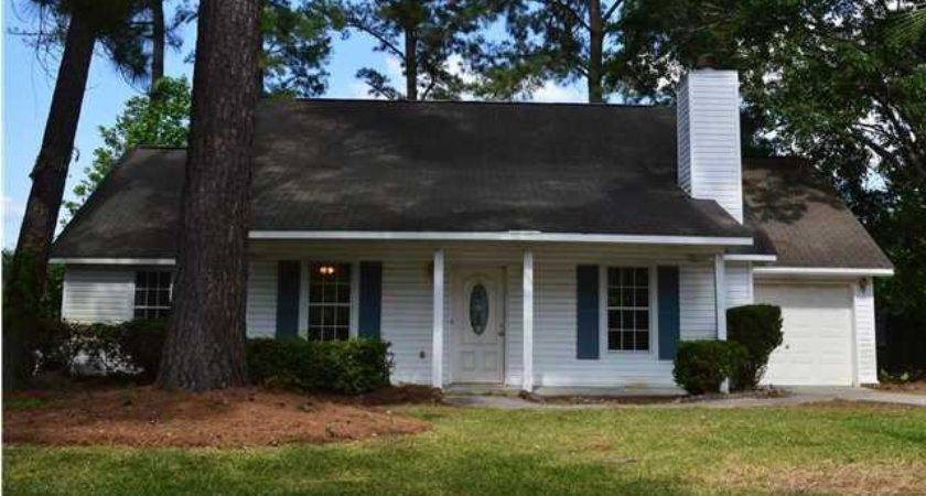Dolphin Summerville Foreclosed Home