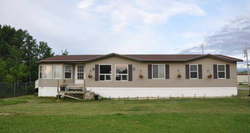Double Wide Mobile Former Show Home Steinbach Manitoba Estates