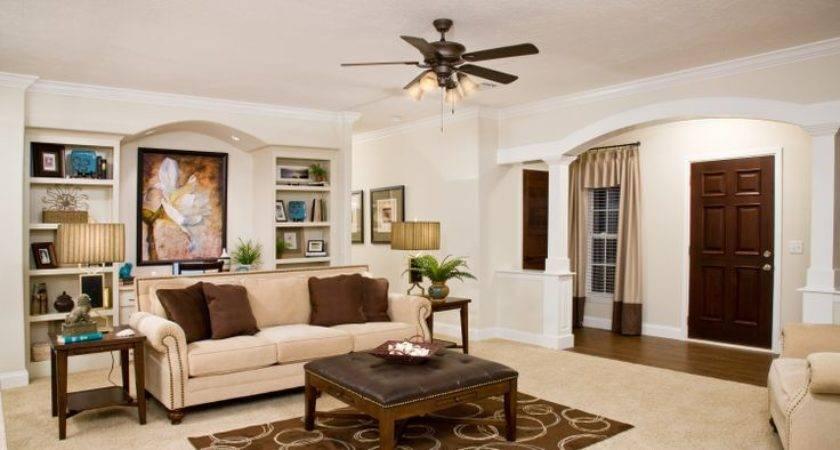 Duck Dynasty Star Buys Clayton Home