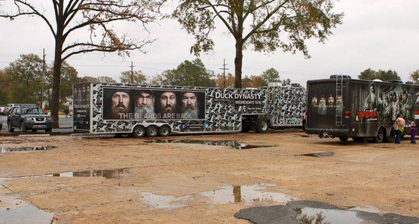Duck Dynasty Trailers Parking Lot Yelp