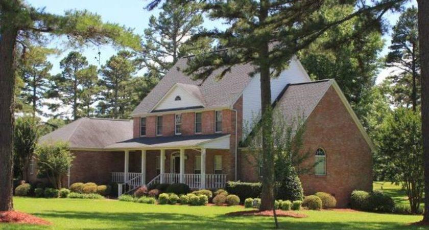 Eagle Mountain Blvd Batesville Home