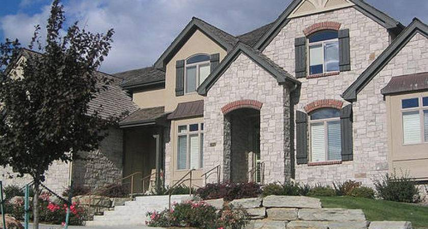 Fancy Homes Omaha Gated Community