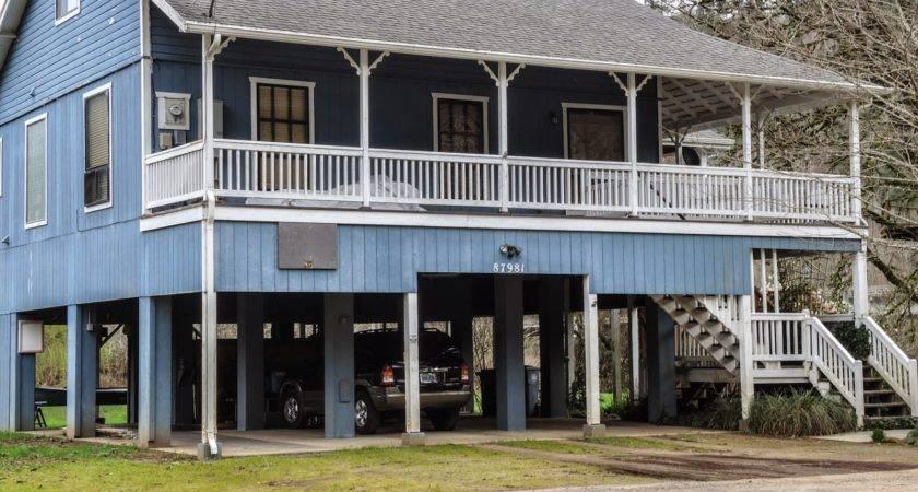 Folkways Notebook River Stilt Houses Mapleton Oregon