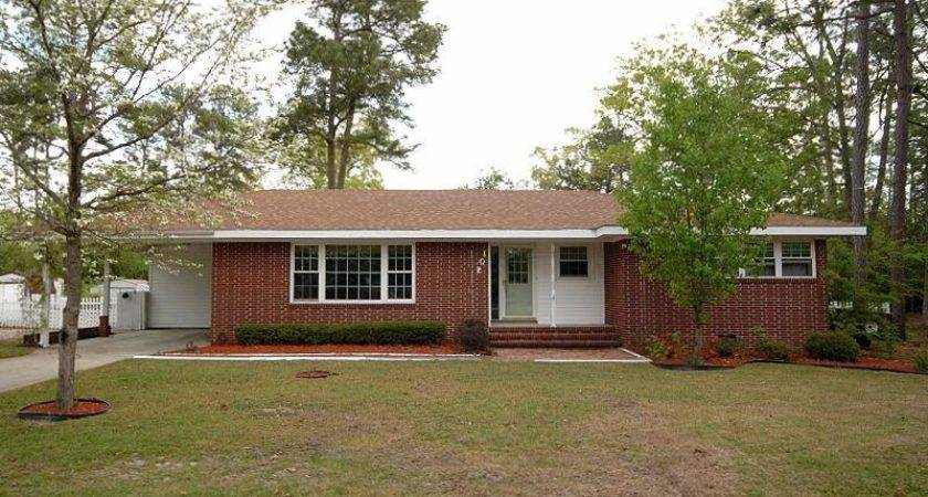 Goldsboro Homes Rent House Outside Front Mimosa