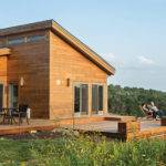 Grandson Frank Lloyd Wright Constructs Peaceful Prefab Near