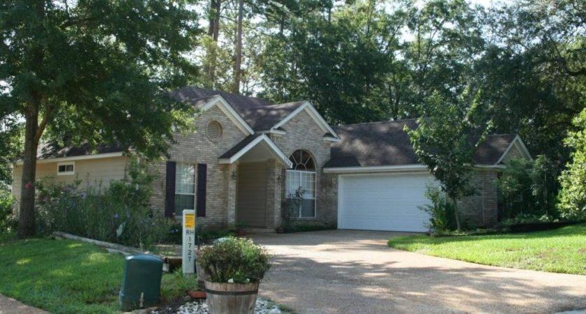 Home Sale Oaks Tallahassee Florida