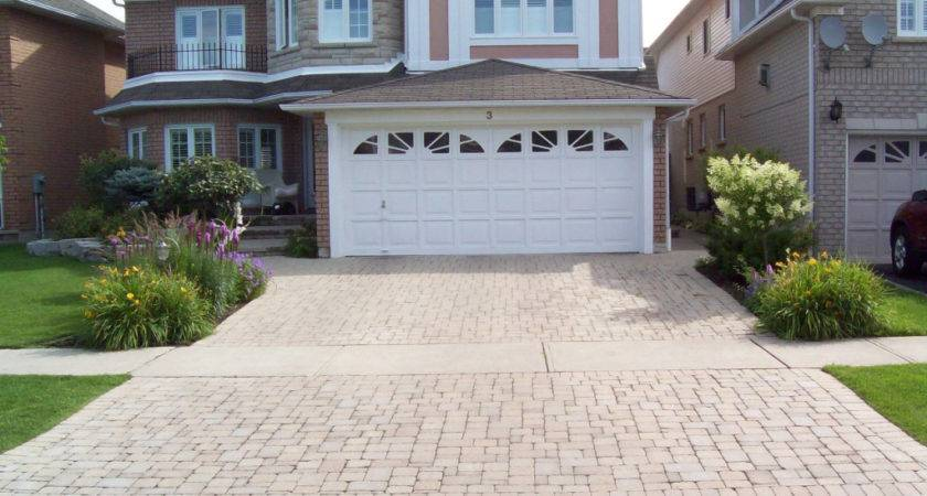 Home Smartphone Gadget News Driveway Landscaping Idea