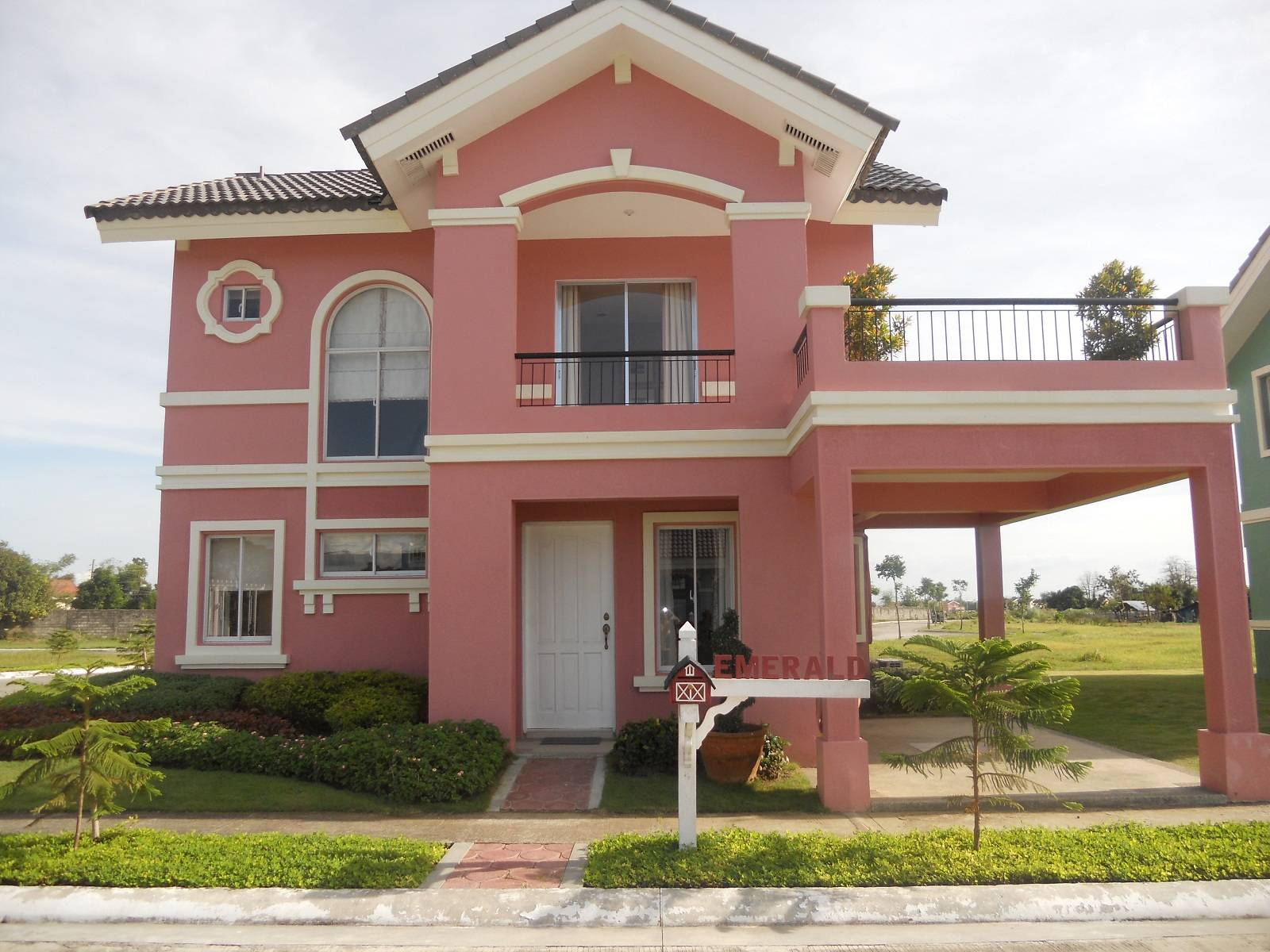 Homes Pavia Oton San Miguel Iloilo Crossandra Emerald Model House