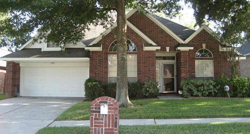Homes Rent Houston Redgate Drive