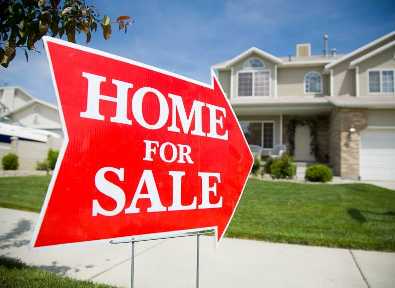 Homes Sale Boosting Curb Appeal Attract Buyers