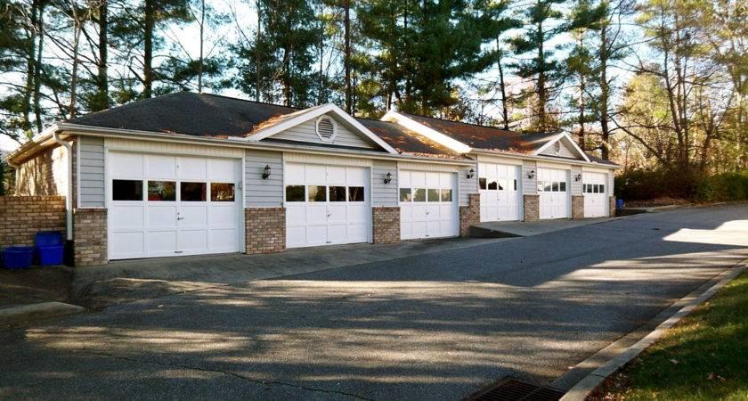 Homes Sale Ewbank Gardens Hendersonville Real Estate