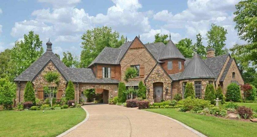 Homes Sale Near Bolton High School Brunswick Arlington