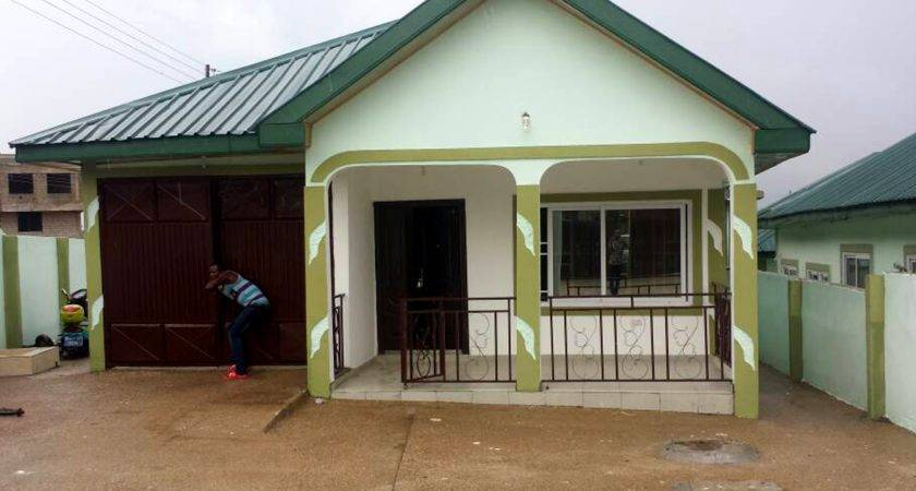 House Sale Kwabenya Bedroom Bathrooms
