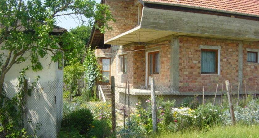 House Sale Near Varna