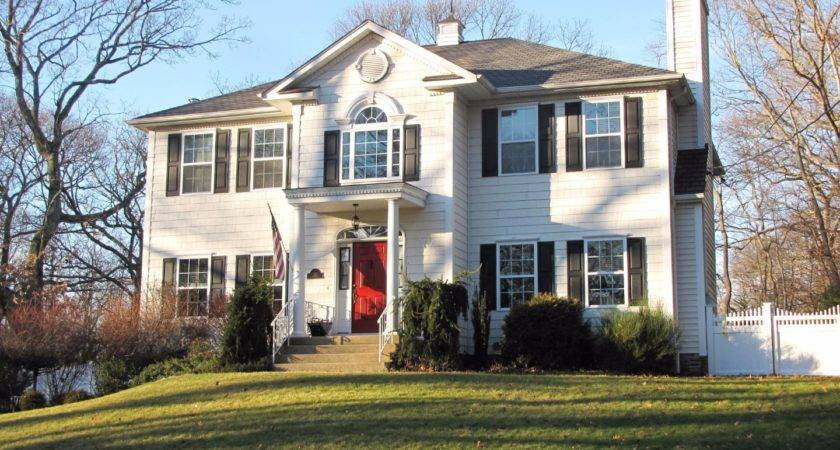 Houses Sale Suffolk County