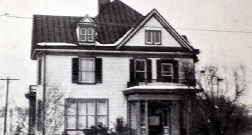 Housing History Student Uva